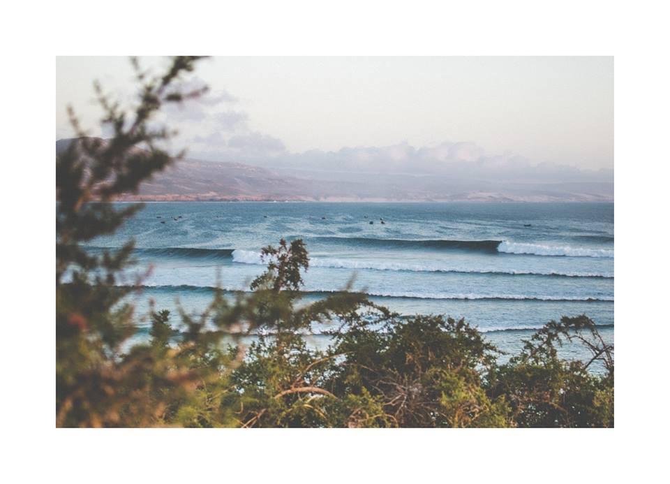 waves mountains surf maroc