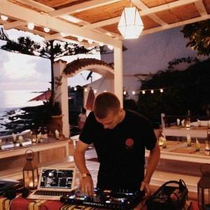 Tagahzout Villa Surf Maroc DJ