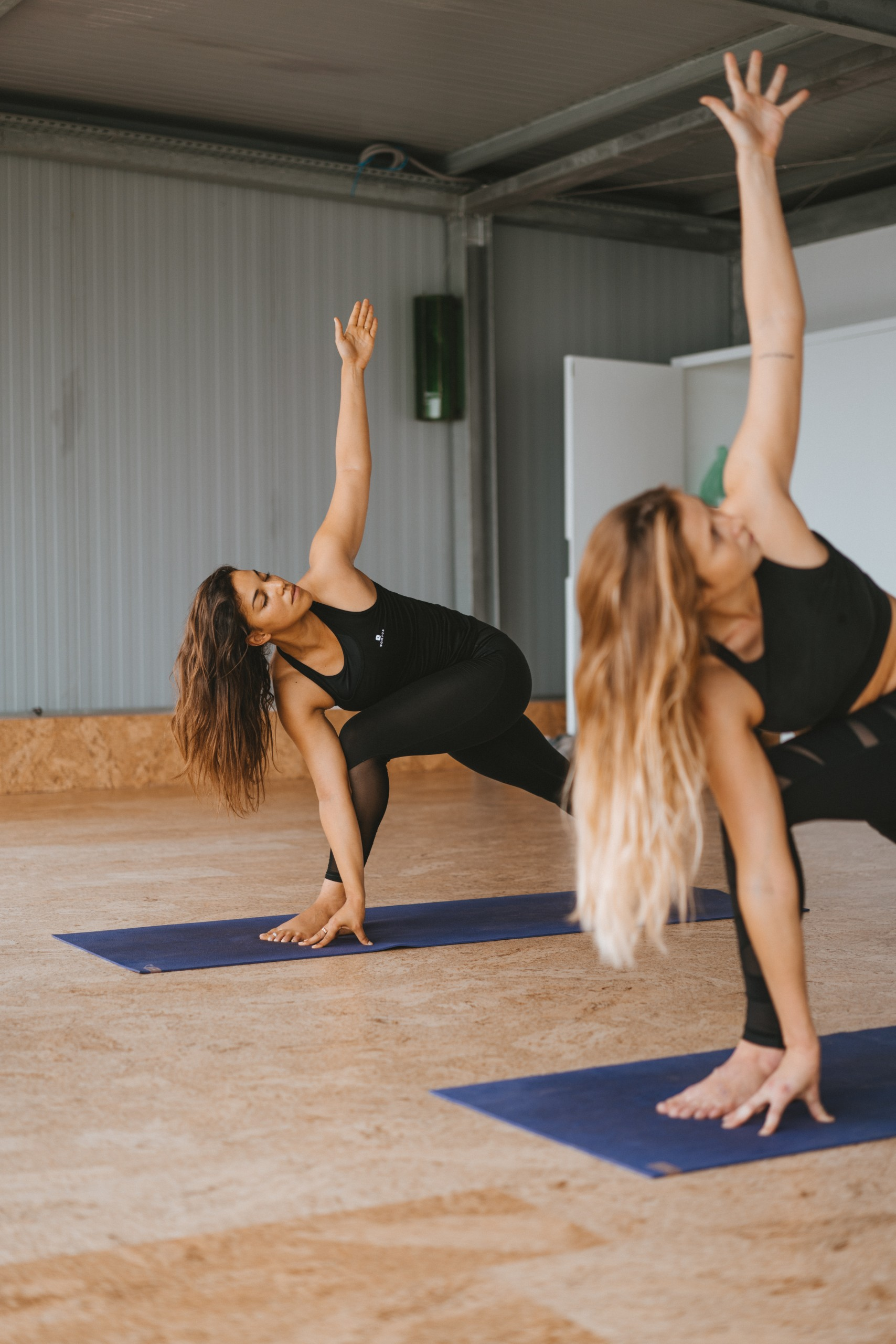 Twists lunge surf maroc yoga