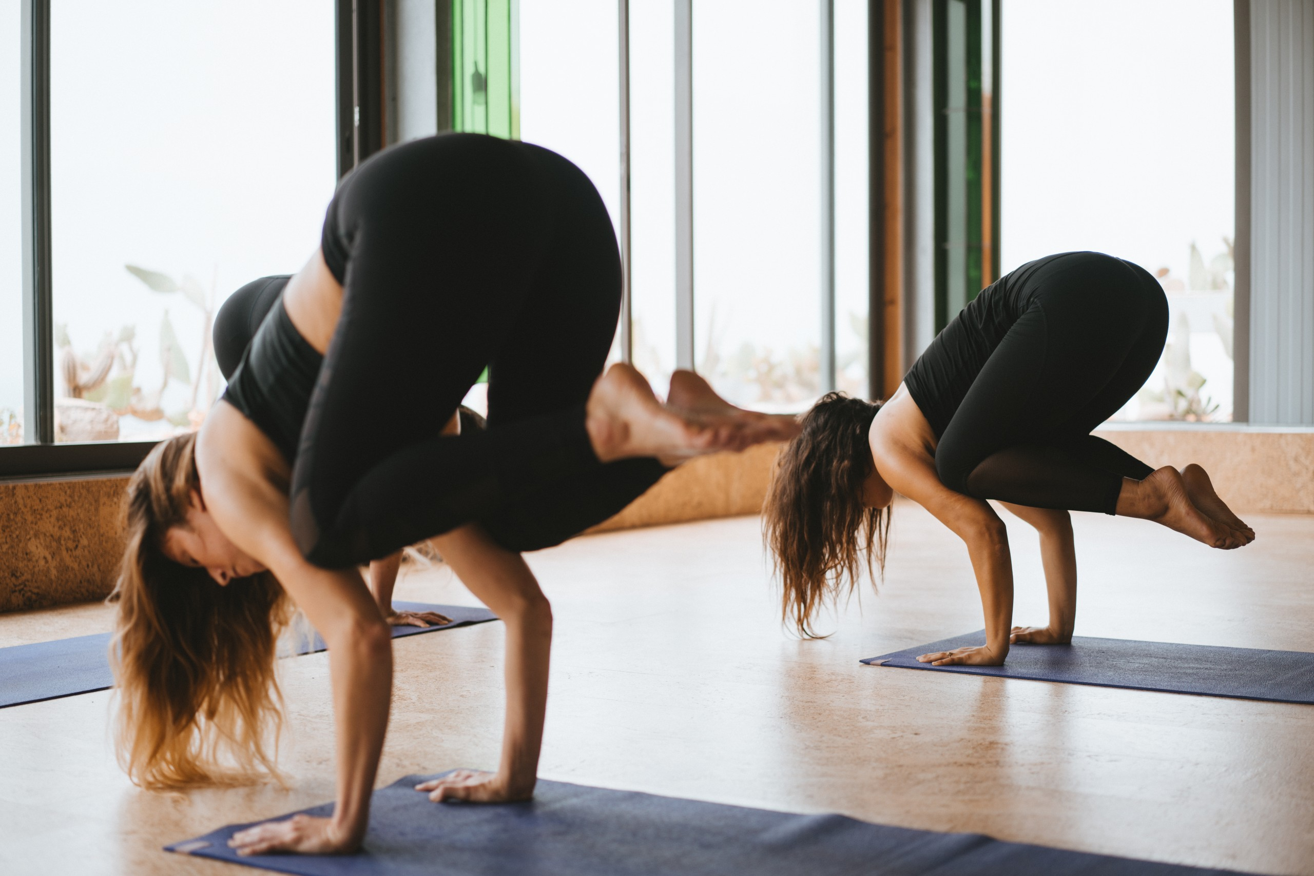 yoga pose surf maroc