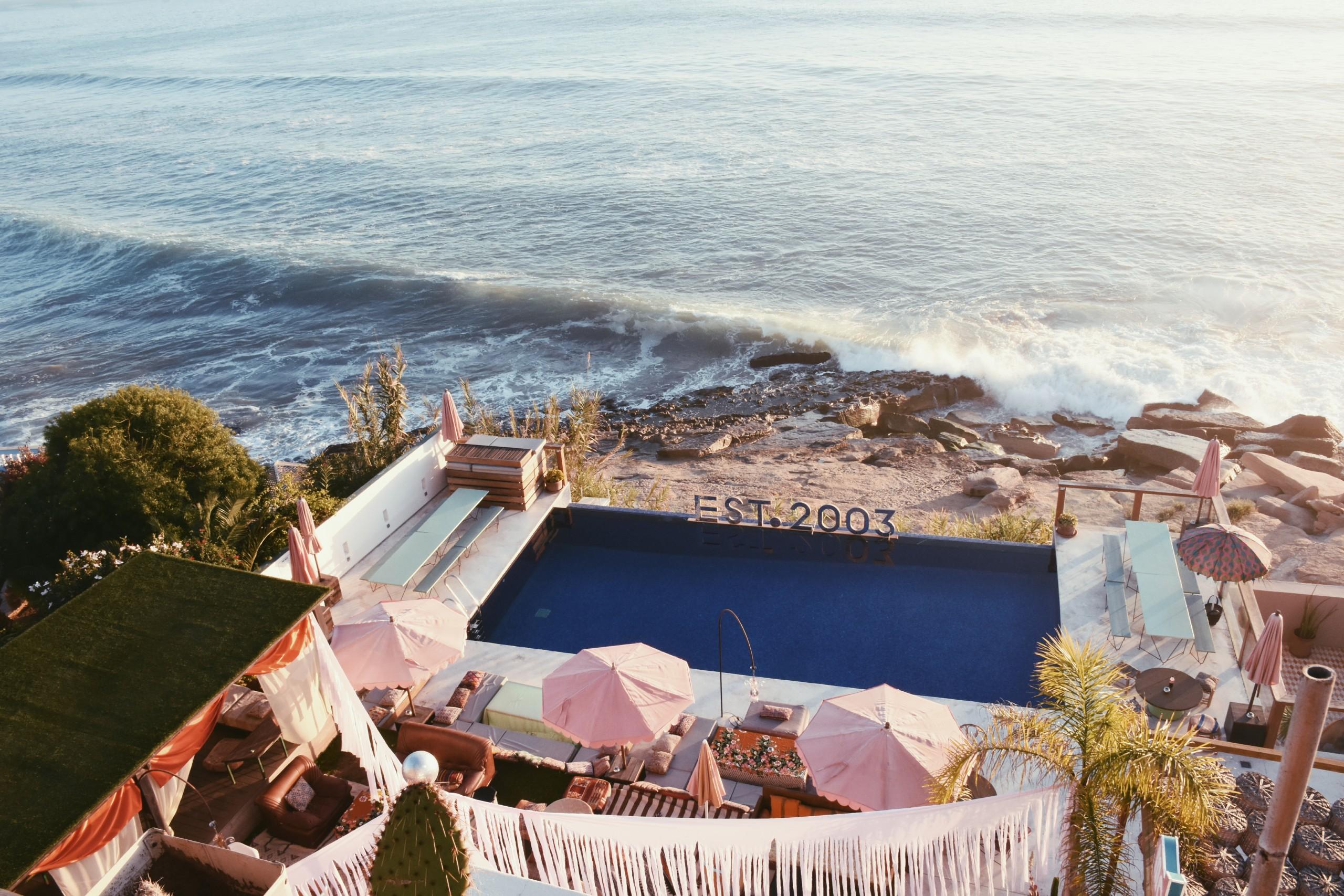 amouage surf maroc party