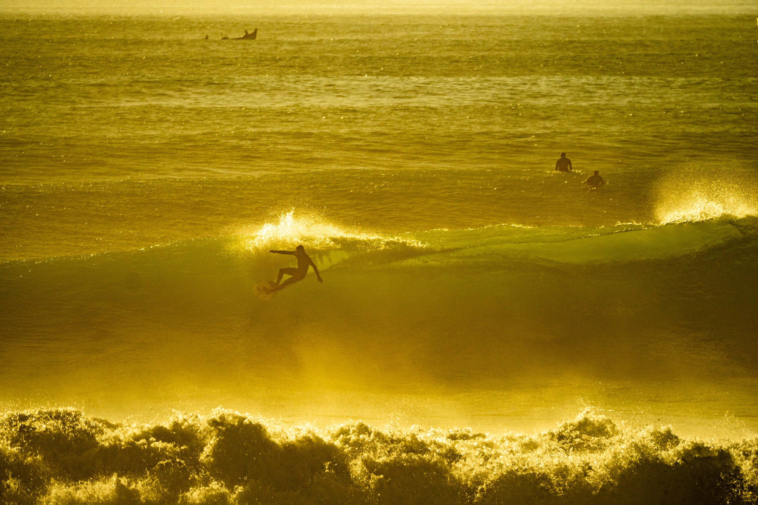 killers sunset surf maroc
